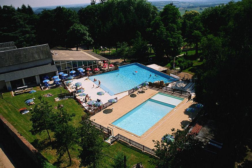 Gite de groupe avec piscine dans le morvan