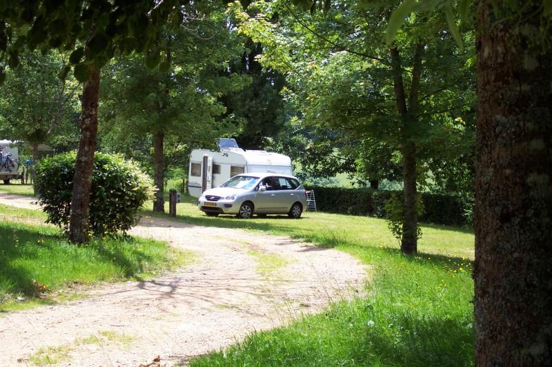 Emplacement de camping dans la Nièvre